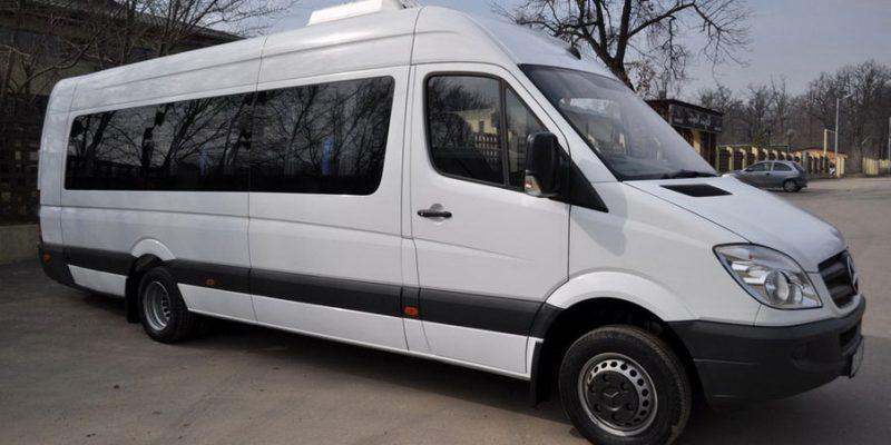 Аренда микроавтобуса с водителем в Сочи